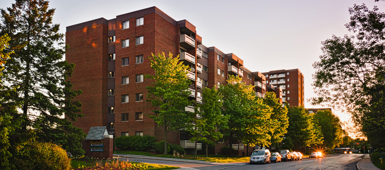 Accora Village Apartments in Ottawa West