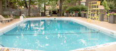 Navaho Townhomes and Garden Homes pool