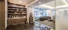 Yorkville Lobby Lounge