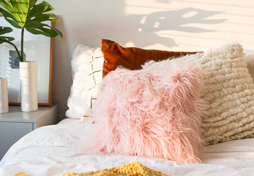 Pillows with different colours and textures