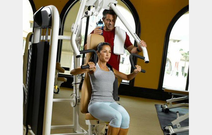 Exercise center equipped with state-of-the-art cardio and strength equipment