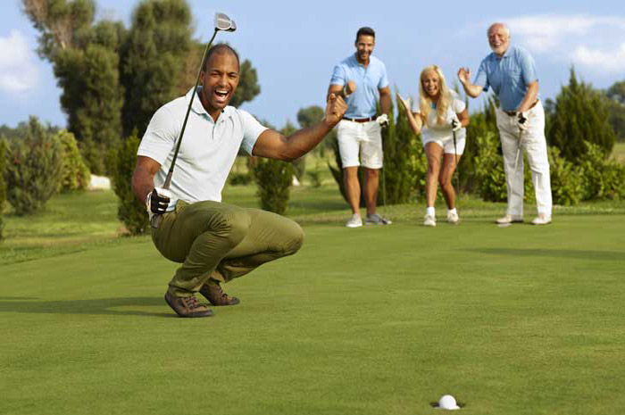 Minutes to top rated golf courses
