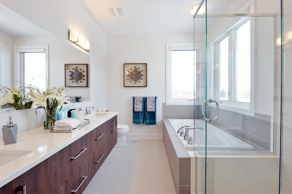 Heartwood - Bathroom