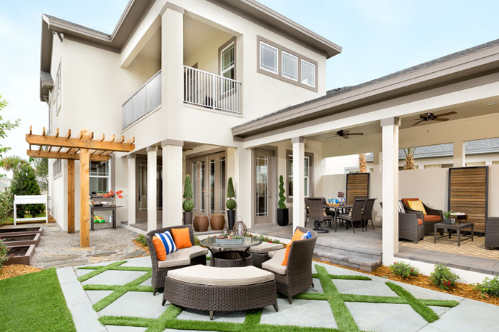 Outdoor living area for relaxing after a long day (Huxley Grande Shown)