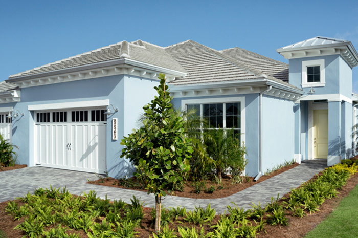 2 bedroom 2 bathroom luxury villa 5 minutes from Downtown Naples (Mimosa Shown)