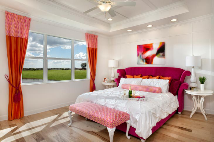 Large master bedroom retreat overlooking one of Sun City Center's 4 golf courses (Buttonwood Shown)