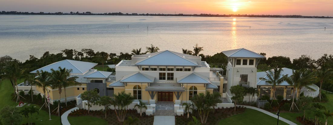 Harbour Isle clubhouse at sunset